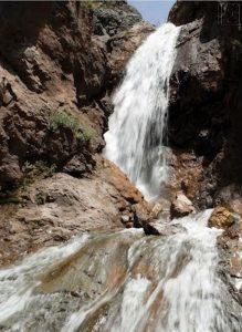 آبشار ناران در منطقه لواسانات