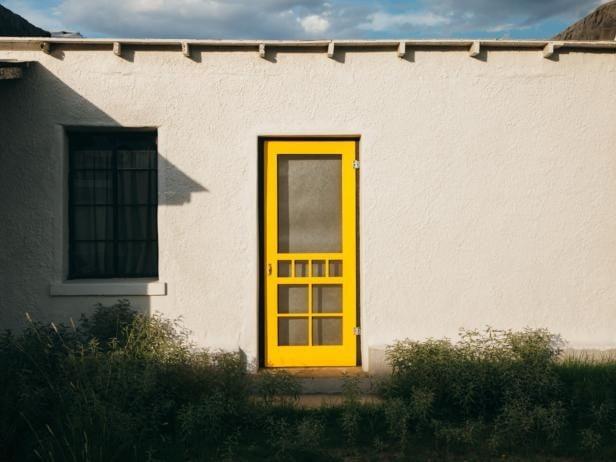 آشنایی با درب چوبی و نصب آن