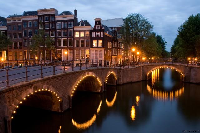 تصاویر زیبا از معماری شهر آمستردام