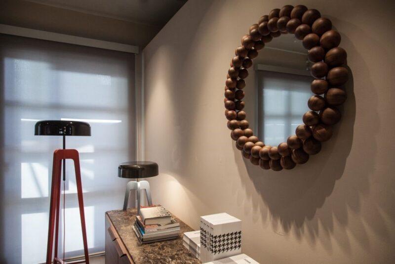 آینه چوب گردو مخلوط با سایر سطوح