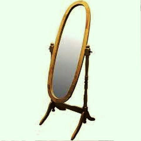 آینه ایستاده در طرح های مختلف