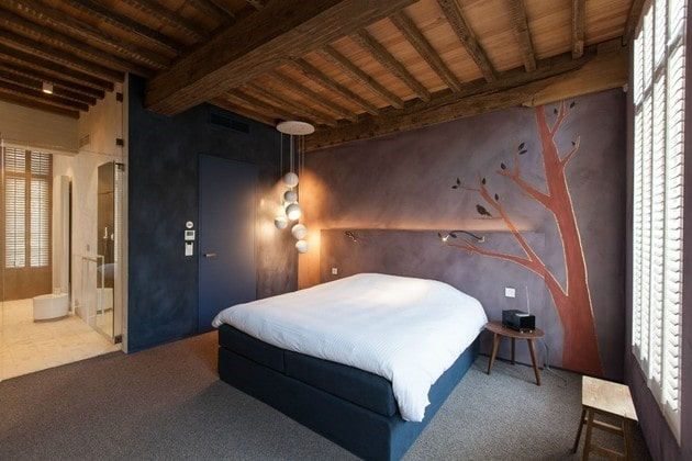 اتاق ساخته شده از چوب و الوار