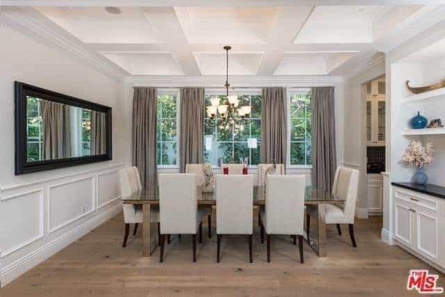 اتاق ناهار خوری کلاسیک