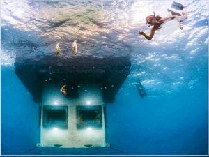 اتاق زیر آب