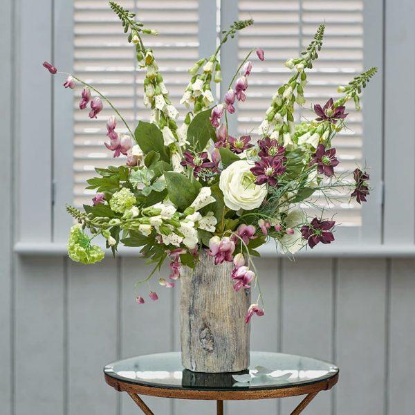 استفاده از گل برای میز کناری