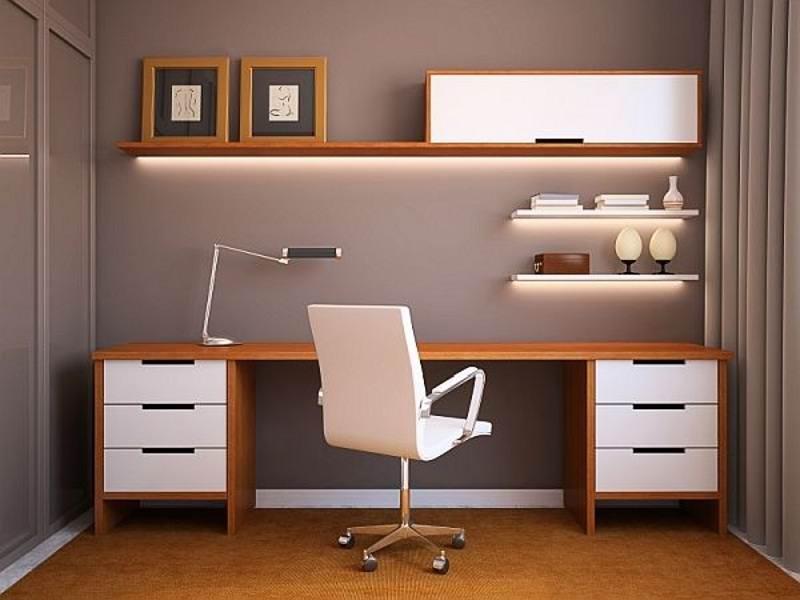 انتخاب میز کامپیوتر استاندارد