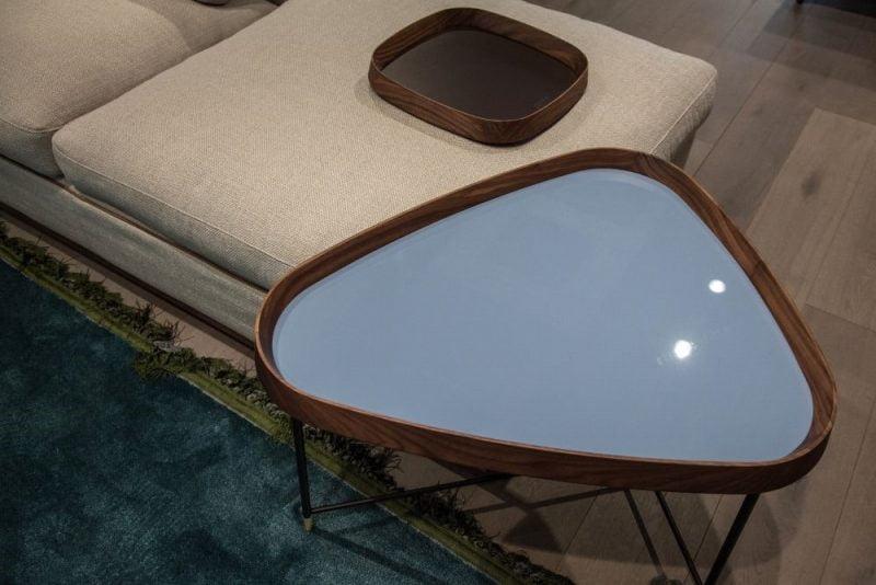 انواع میز های کنار مبلی چوبی