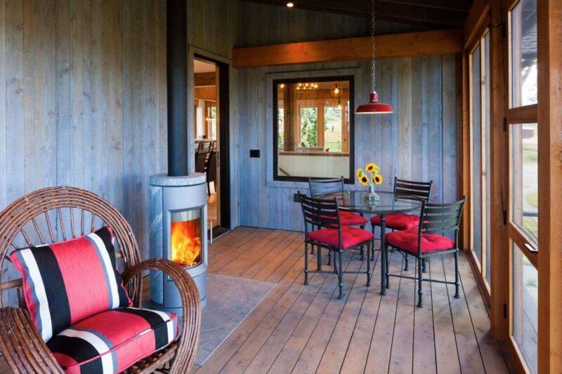 ایده دیوارکوب چوبی در خانه