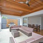 سقف چوبی اتاق نشیمن و پذیرایی