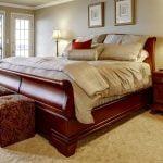 تختخواب سنتی و سورتمه