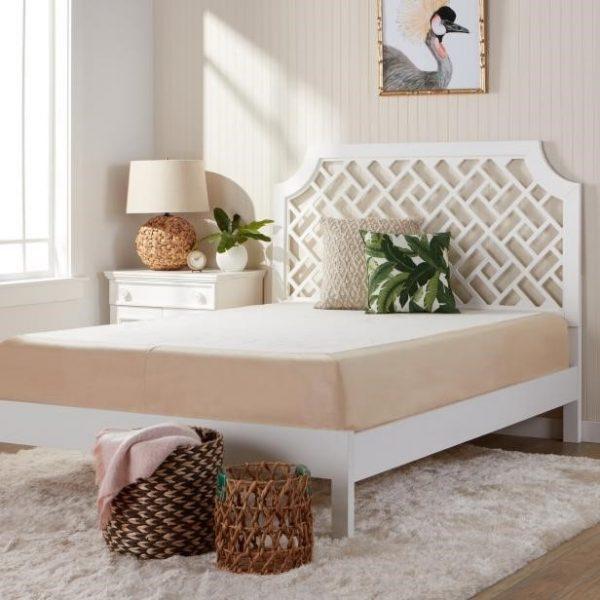 تخت خواب سفید رنگ