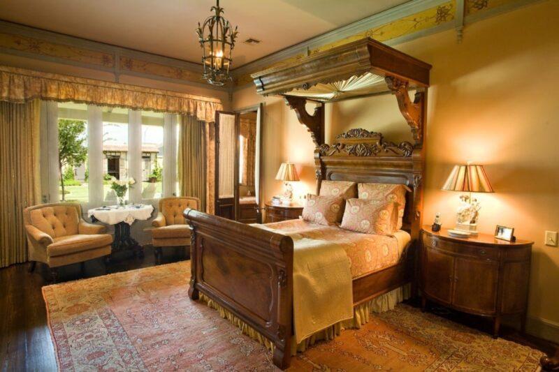 تخت خواب چوبی سورتمه سنتی
