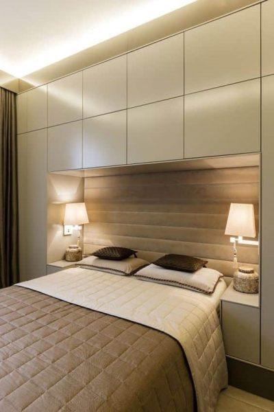 تخت خواب چوبی و ذخیره سازی در دیوار