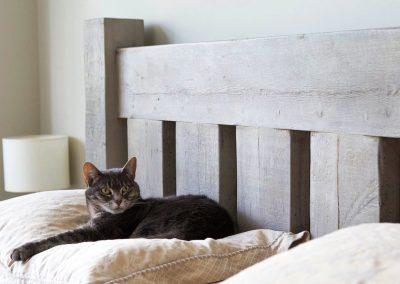 تخت خواب روستیک تمام چوب