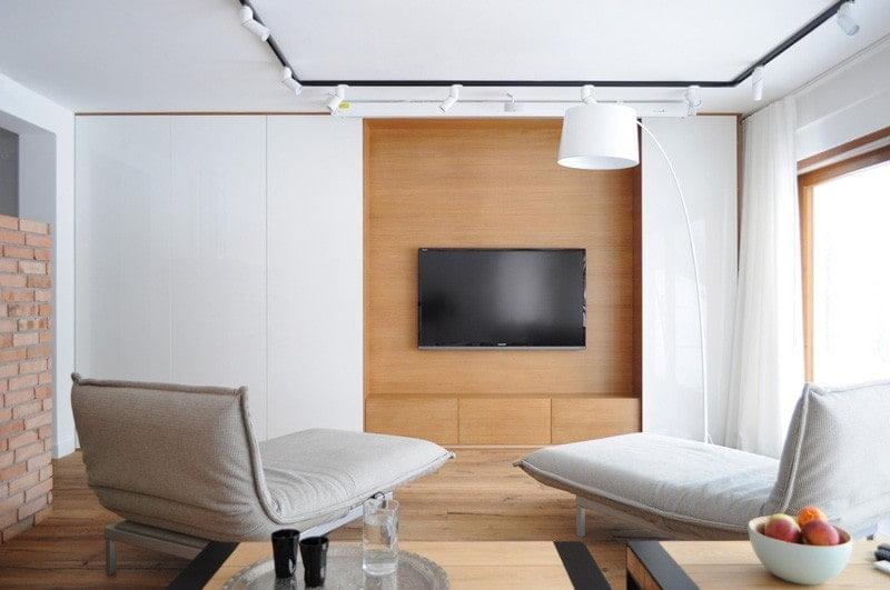 تلویزیون پنهان شده در واحد دیواری