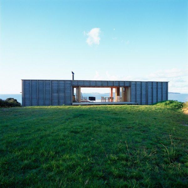 خانه ای ساخته شده از چوب خالص