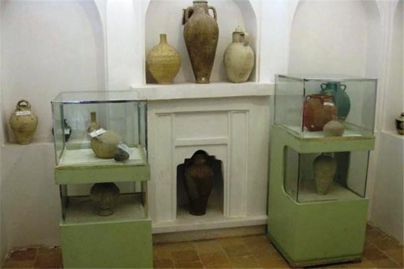عکس و تصاویر از موزه مردم شناسی خانه صولت تنها موزه ابركوه
