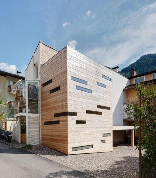 خانه چوبی خاص