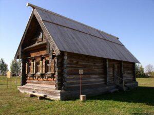 خانه چوبی ایزبی