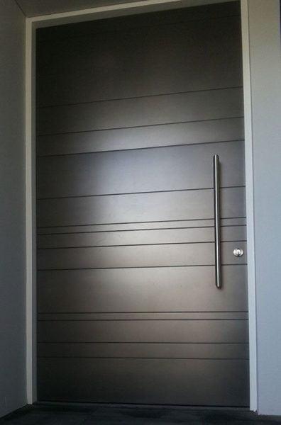 دربِ فلزیِ سیاه