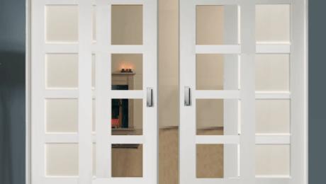 درب سفید چوبی شیشه ای زیبا