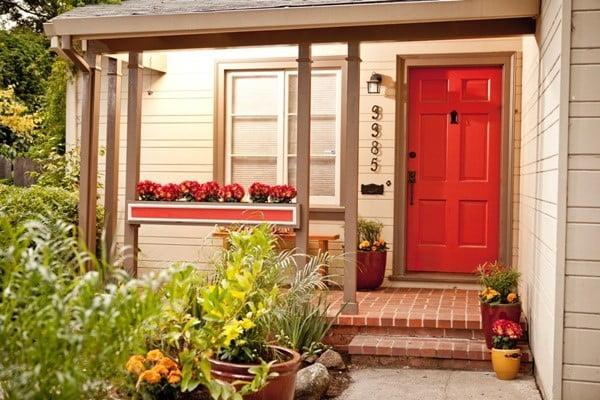 درب قرمز و خاص