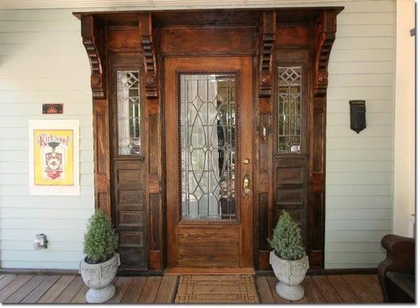 درب هایی از چوب و شیشه