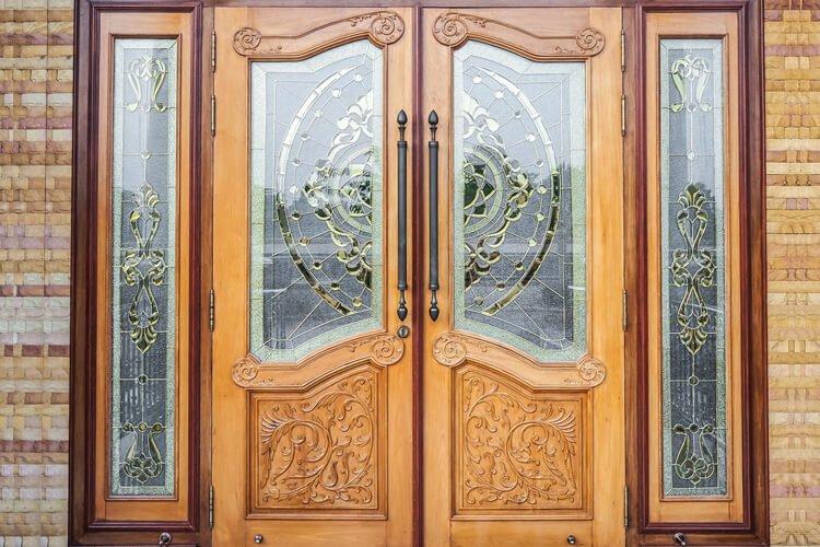 درب های شیشه ای چوبی