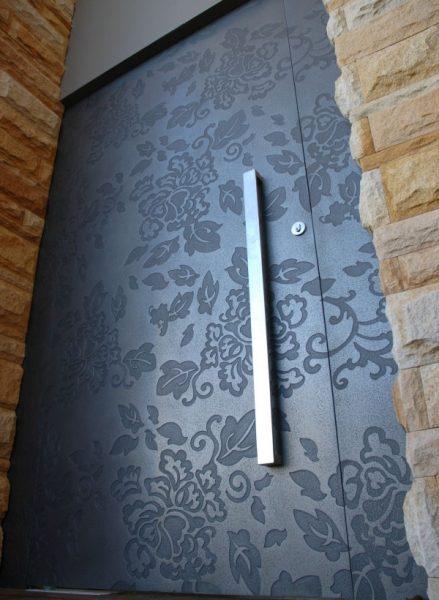 درب های طرح دار