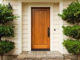 بهترین انواع چوب برای درب چوبی که مقاوم و زیبا هستند