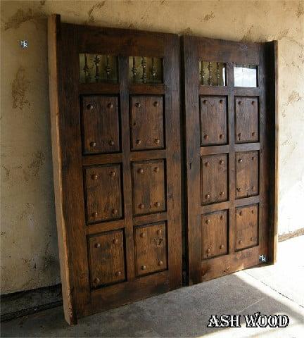 درب چوبی ورودی