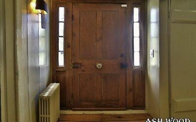 چه نوع چوبی برای درب خانۀ من مناسب است ؟