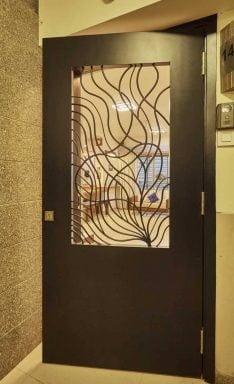 درب چوبی جالی