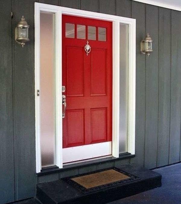 14 گزینه چشم نواز برای درب ورودی چوبی خانه شما