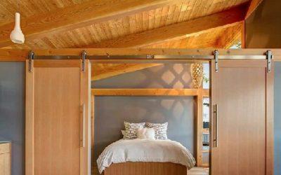 ایده های طراحی درب چوبی به سبک روستیک و مدرن