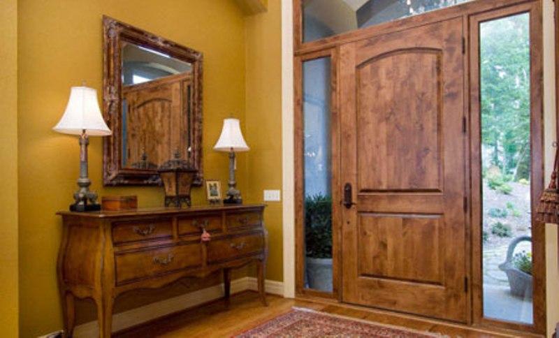 درب چوبی برای دکوراسیون داخلی خانه