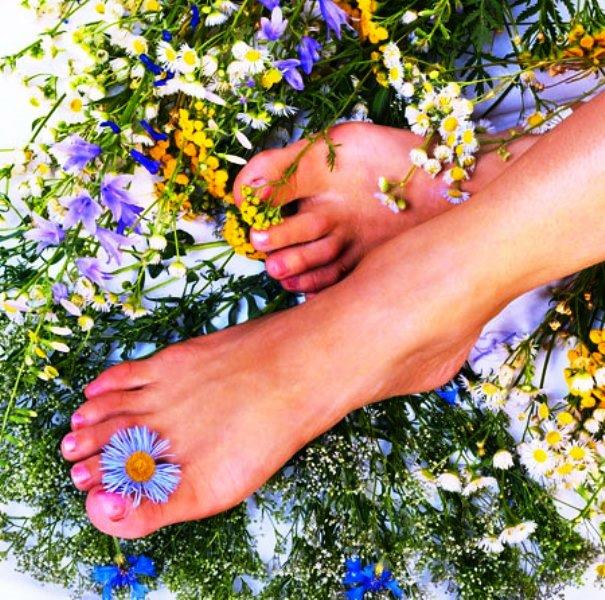 درمان مشکلات پا ( بوی بد پا و شکل بد )