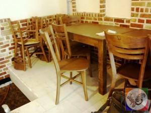 صندلی و میز رستوران ایتالیایی دکوراسیون چوبی سنتی