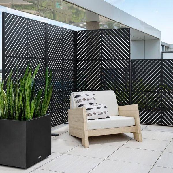 دیوار فلزی مدرن