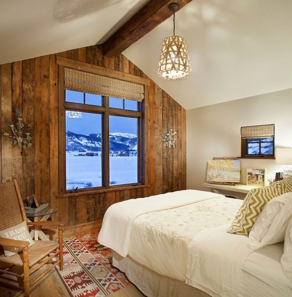 دیوار پنجره چوبی