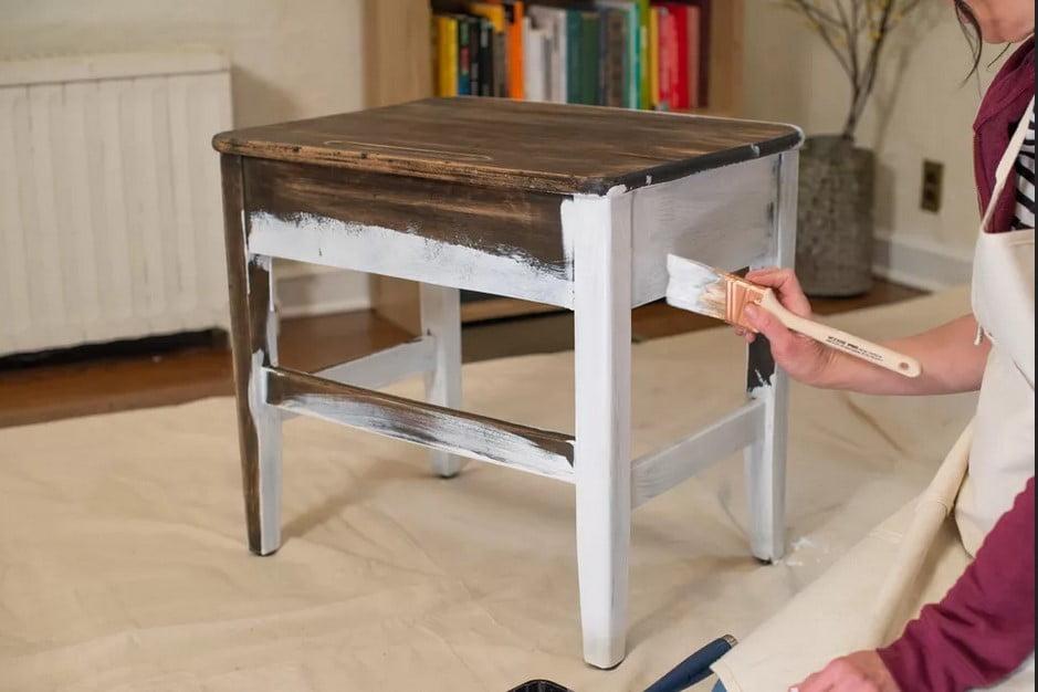 بهترین روش برای داشتن یک رنگ آمیزی چوب یک دست