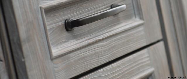 اجرای رنگ وایت واش سفید و رنگ طوسی بر روی درب و چوب کاج