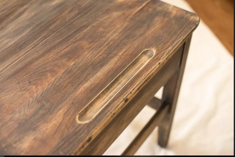 روش رنگ آمیزی چوب یک دست