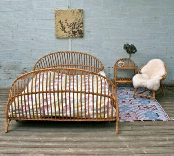 ساخت تخت خواب با چوب گیاه بامبو
