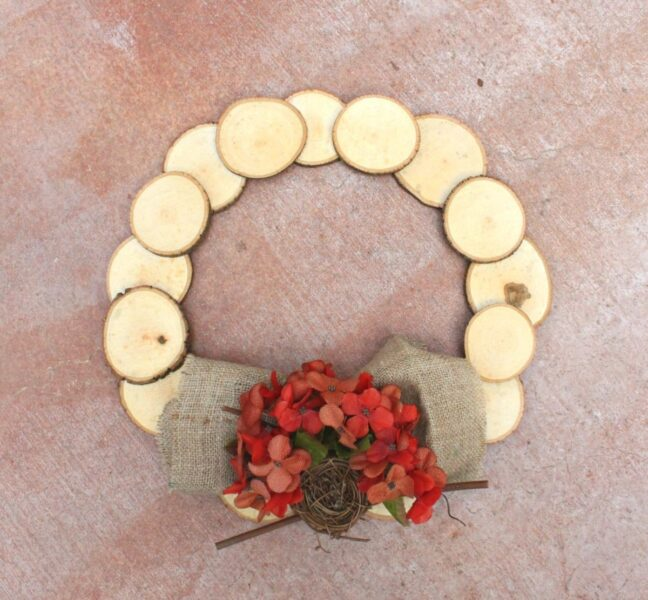 تاج گل چوبی دست ساز