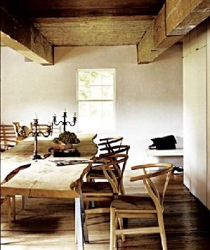استفاده از میز و صندلی به سبک روستیک