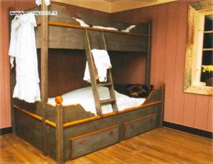 سرویس خواب چوبی دکوراسیون اتاق خواب فن و هنر لوکس جدید 2015 (1)