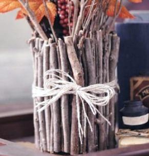 میز هنری بسیار زیبا و جالب ساخته شده از چوب کهنه