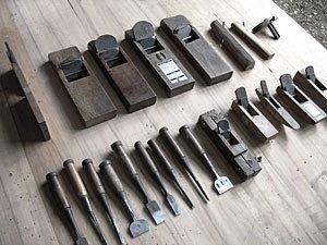ابزار آلات نجاری و درودگری ، رنده تیغ نجاری ، مغار و ابزار دقیق اندازه گیری