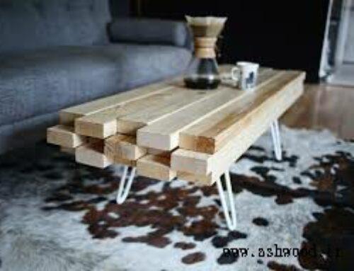 میز چوبی ساخته شده از تخته های چوب کاج روسی